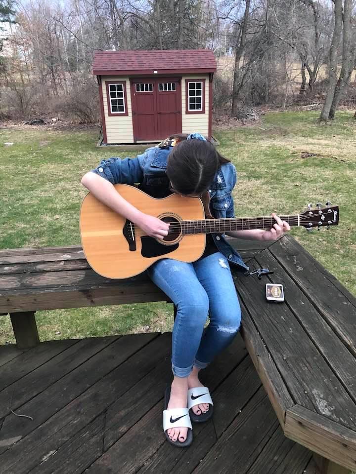 Sofia Guitar